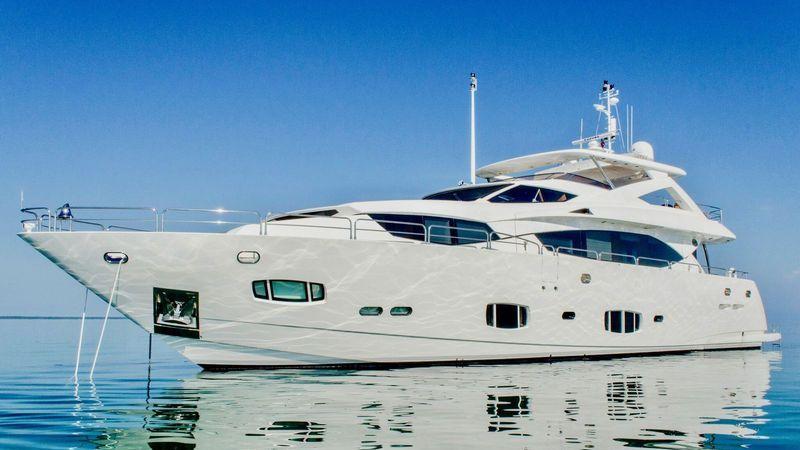 Rick Obey Yacht Sales - 98' 2010 Sunseeker 30 Metre Yacht