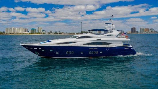 The 105' 2004 Sunseeker Yacht, KEFI