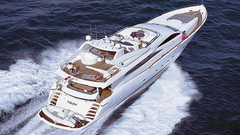 94' 2003 Sunseeker Yacht