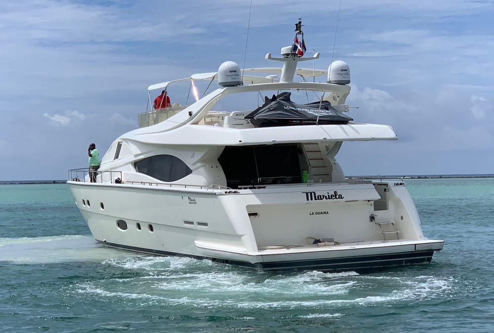 76' 2003 Ferretti Yachts