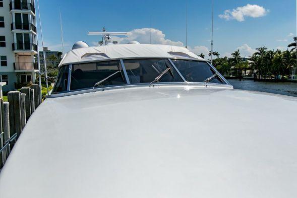 100' 1995 Mangusta Express Motor Yacht