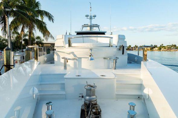 102' 1989 Oceanfast Motor Yacht