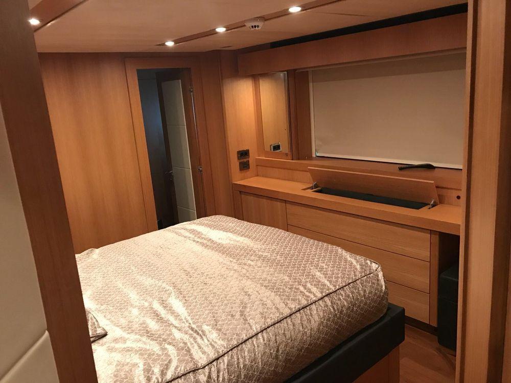 115' 2011 Sunseeker 34 Metre Yacht