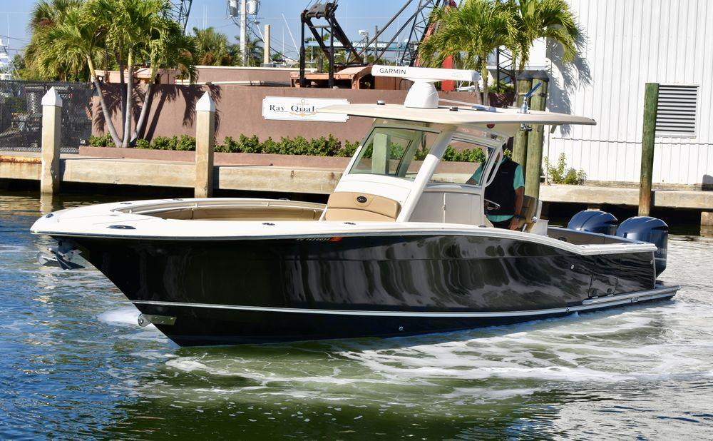 32' 2015 Scout 320 LXF