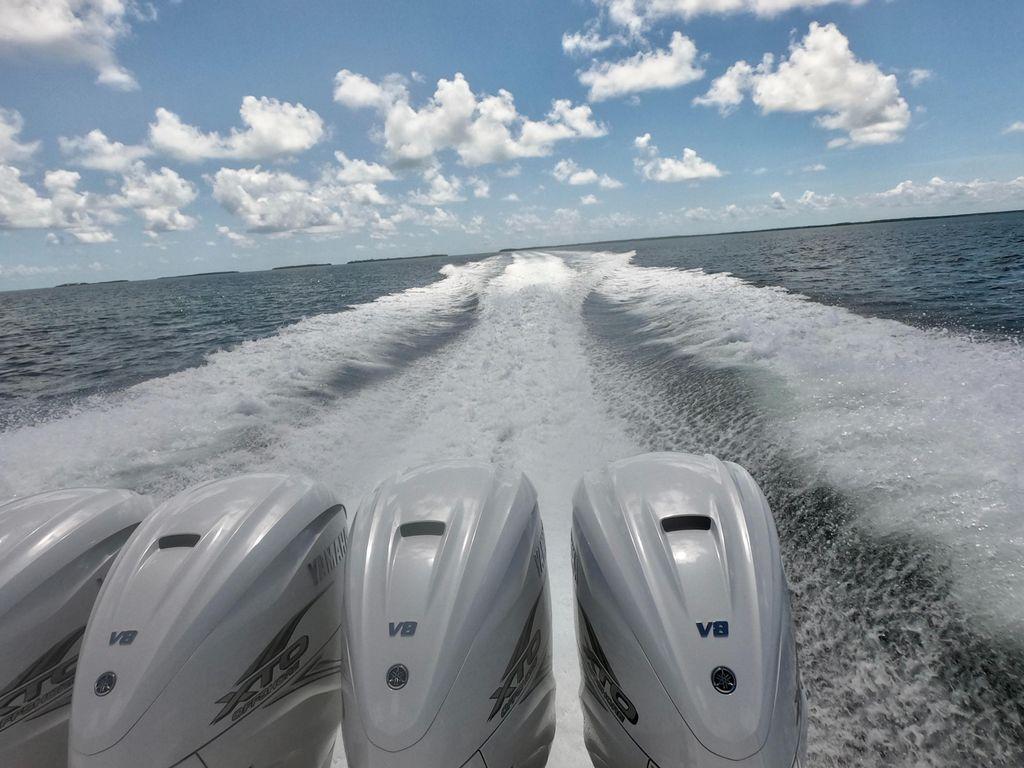 47' 2019 Intrepid 475 Sport Yacht