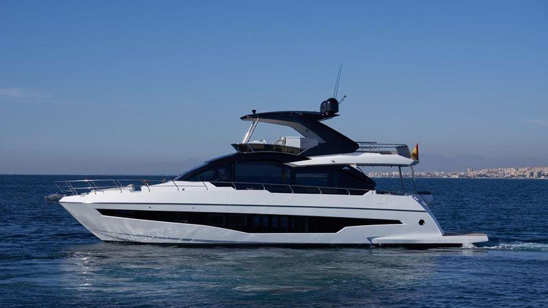 66' 2020 Astondoa Yacht