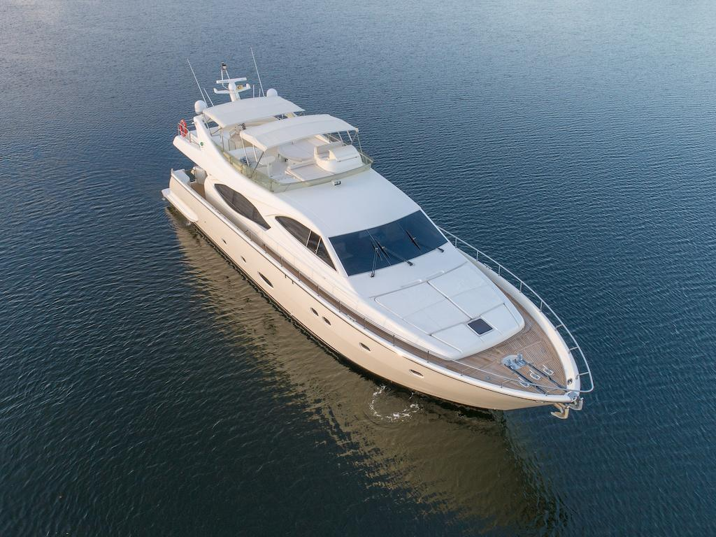 76' 2005 Ferretti Yachts