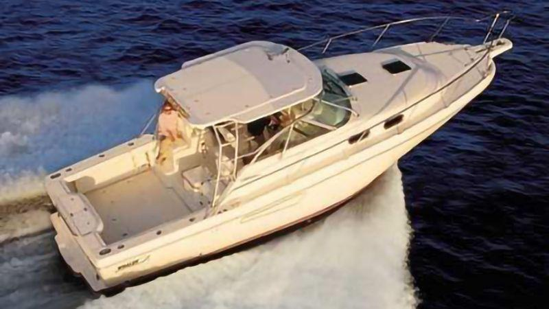34' 2002 Boston Whaler 350 Defiance