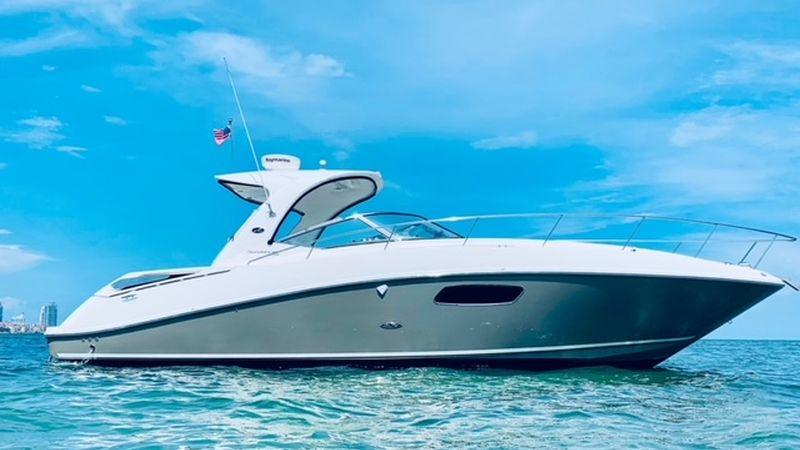 37' 2009 Sea Ray 350 Sundancer